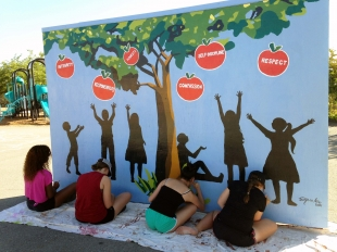 New murals for valley view elementary news for Elementary school mural