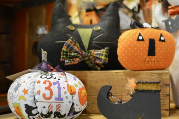 e5cfa34307e Shop, shop, shop for unique jewelry, ceramics and more. Fall fun includes  Halloween at the Harvest ...